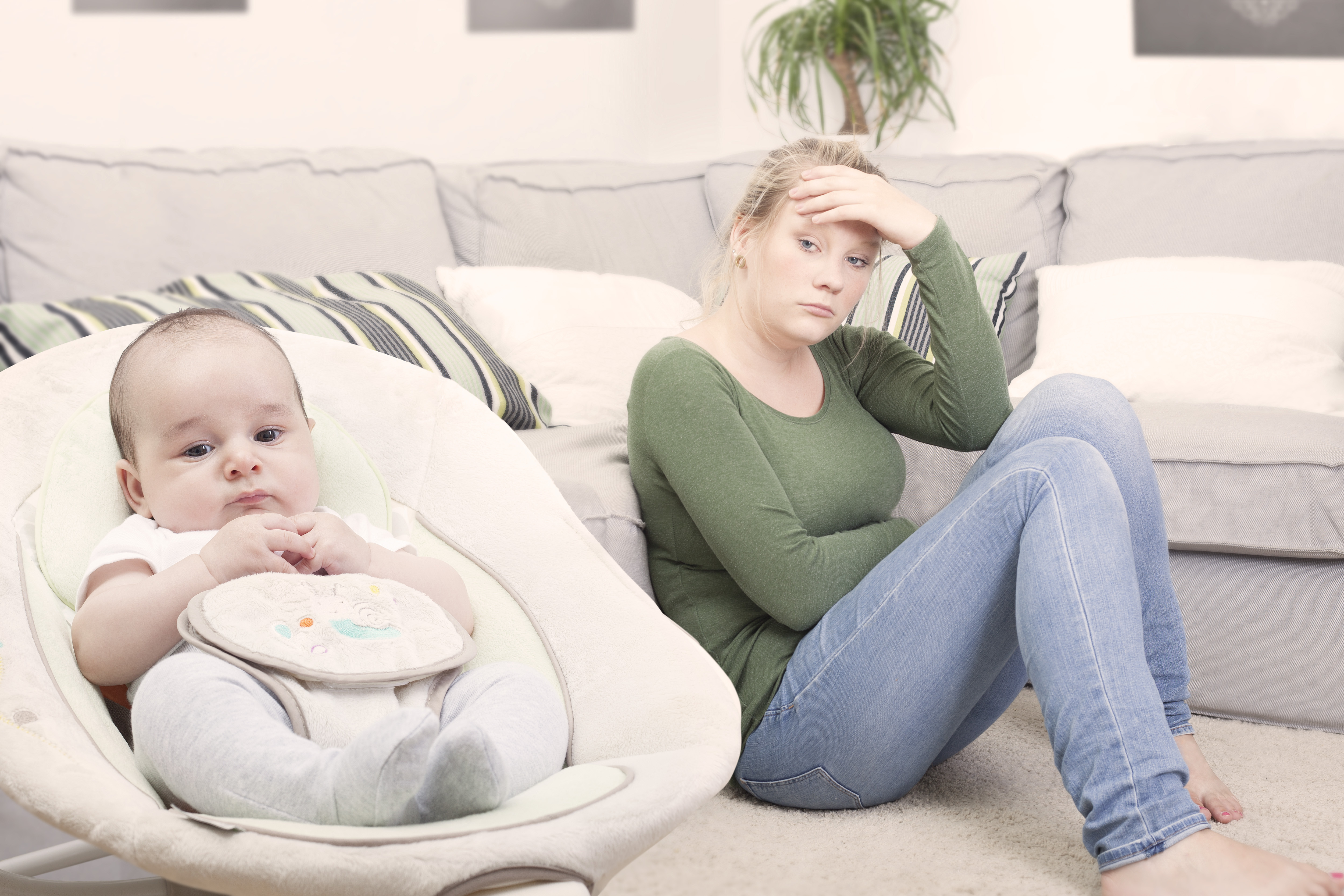 mothers with postpartum depression Although there is a fair amount of information and research available on postpartum depression in general, very little of it seems to focus specifically on the needs or care of teen mothers a pilot study published in the american journal of obstetrics and gynecology in march attempts to fill in.